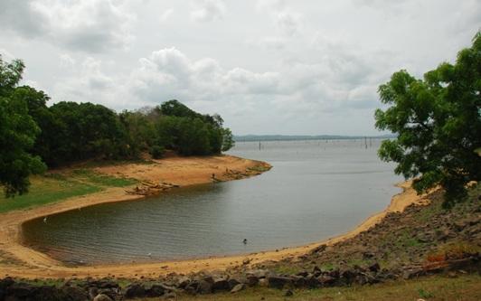 Kaudulla Reservoir